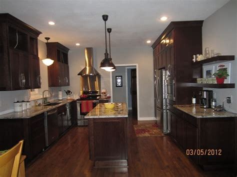 lighten up kitchen cabinets quicua