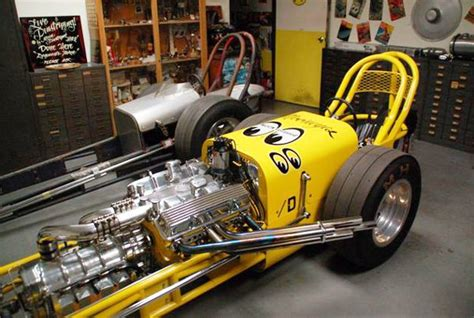 dean moon s garage mooneyes dragster speed shop mqqneyes cars cars and