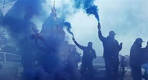 Blocage 17 Novembre Paris : paris blocage des champs elysees par des ambulanciers en lutte pour la survie de leur ~ Medecine-chirurgie-esthetiques.com Avis de Voitures