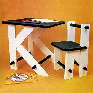 Bureau Enfant En Bois : construire un bureau d 39 enfant en bois ~ Teatrodelosmanantiales.com Idées de Décoration