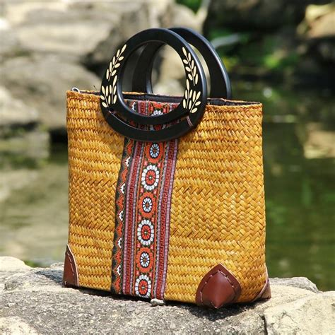 thai version  grass woven bag womens wooden handle