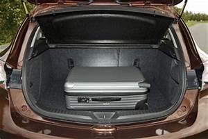 Mazda 3 Coffre : fiche technique mazda mazda 3 ii 1 6 mz cd shizuka l 39 ~ Medecine-chirurgie-esthetiques.com Avis de Voitures