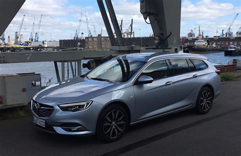 Opel Insignia Sports Tourer by Autotest Opel Insignia Sports Tourer 2017