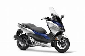 Honda Forza 125 2018 : pr sentation du scooter 125 honda forza 125 2017 ~ Melissatoandfro.com Idées de Décoration