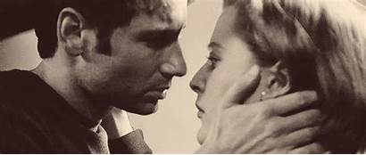 Mulder Scully Kiss Surprise Gifs Together Gillian