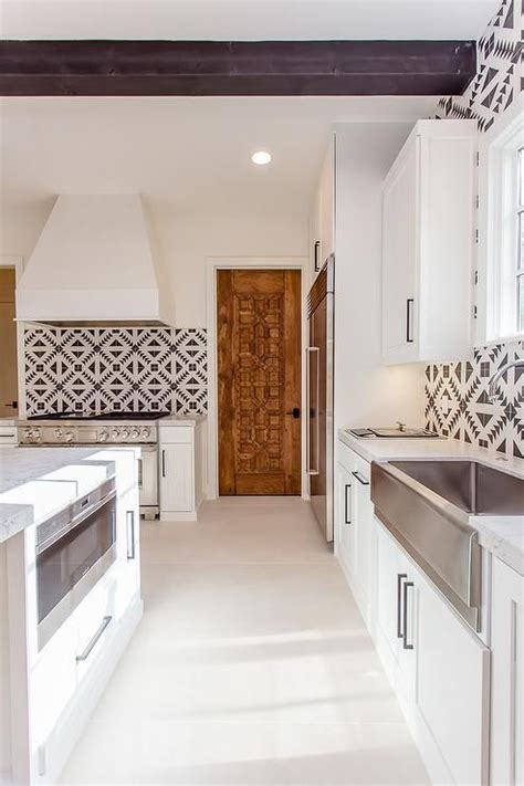 shaker kitchen tiles shaker cabinets white shaker cabinets and wood doors on 2175