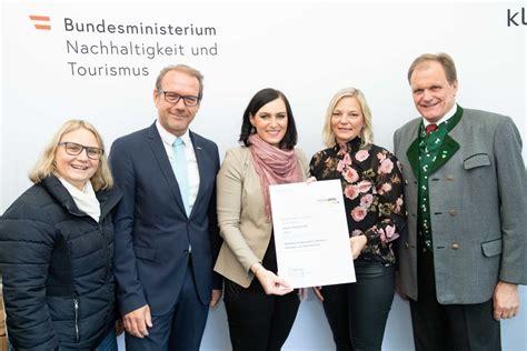 Co2 Vermeidung Mini Massnahmen Fuer Grossen Erfolg by Berger Logistik Klimaaktiv Mobil Partner Auszeichnung