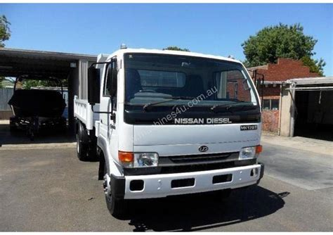 Nissan Ud For Sale by Used 2005 Nissan Ud 175t Tipper Trucks In Highett Vic