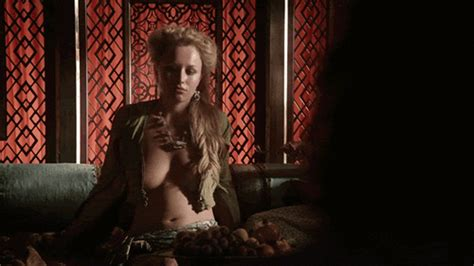 Hbo Goes To War With Pornhub Over Game Of Thrones Sex