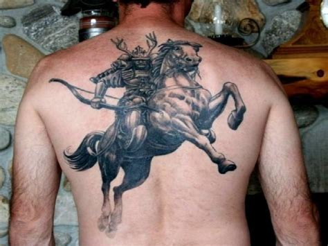 Men-tattoos-brave-samurai-back-tattoo-ideas-for-cross-free