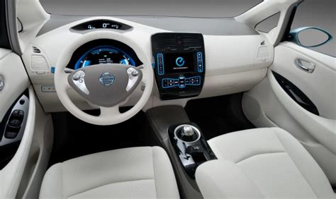 nissan leaf    kwh redesign release date