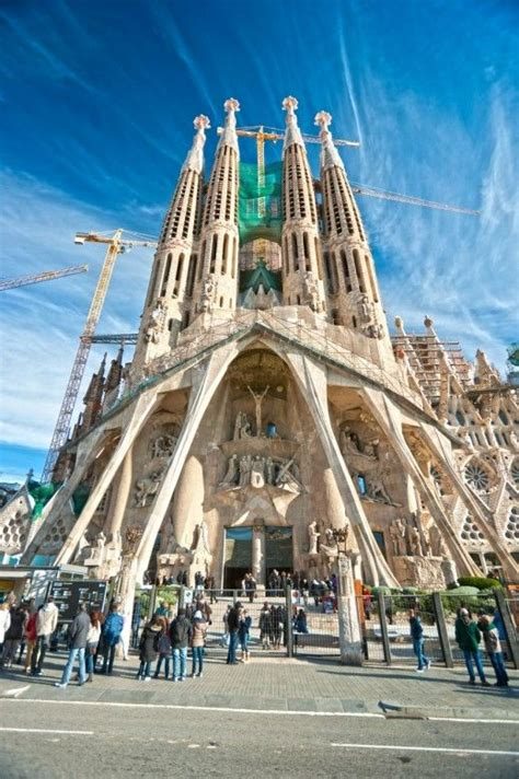 Best Places In Barcelona To Visit by Most And Amazing Places To Visit In Barcelona