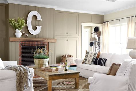 Y'all Home Decor : Country Living Room Appears Appealing Interior