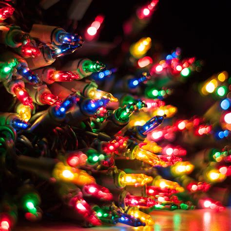 how much electricity do my christmas lights use