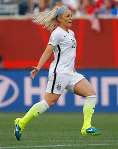 17 Best images about Julie Johnston on Pinterest | Soccer ...