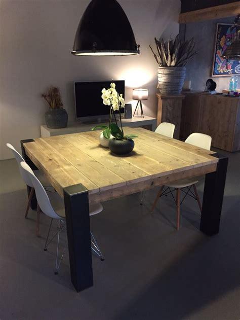 table de cuisine 8 places 1000 idées à propos de chaises en métal sur