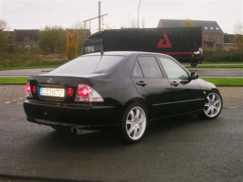 lexus sedan 2000 2000 lexus is 200 pictures cargurus
