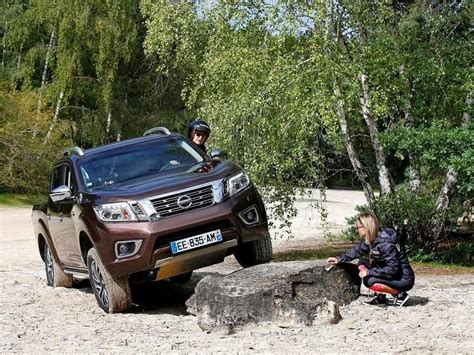 nissan np frontier competira en  rally solo  mujeres