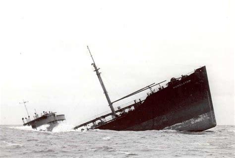 file pendleton sinking ship jpg