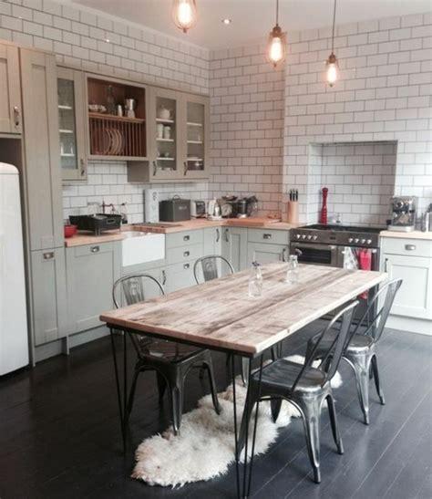 meuble de cuisine retro cuisine industrielle l 39 élégance brute en 82 photos