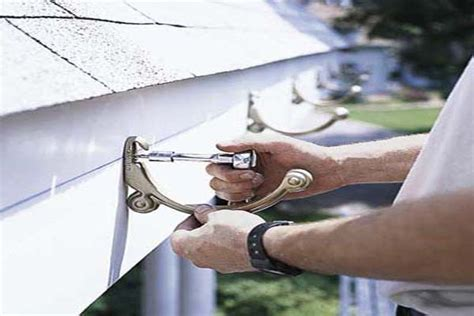 roofing how to hang gutters tigh the screw how to hang