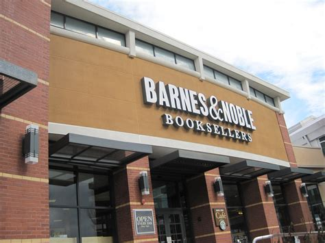 Barns And by Pando A Bittersweet Letter To Barnes And Noble
