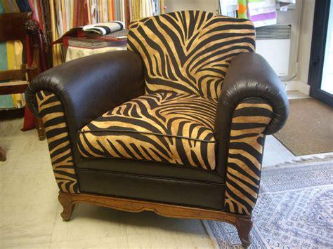 tapissier canap recouvrir un fauteuil en cuir 28 images comment