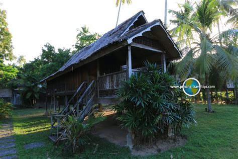 another word for chalet bon ton resort langkawi