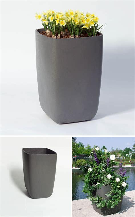 Samurai Tall Outdoor Planter Pot with Rounded Corners: NOVA68.com