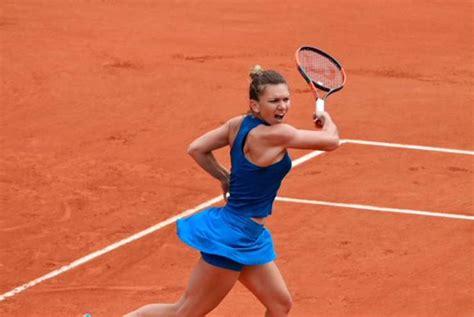 Simona Halep s-a întors de la Roland Garros » Micuţa prinţesă
