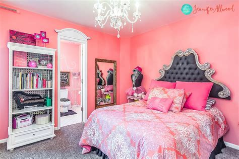 peak  avas room  pink girls bedroom