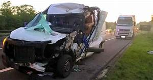 Police appeal for witnesses to M4 collision which left man ...