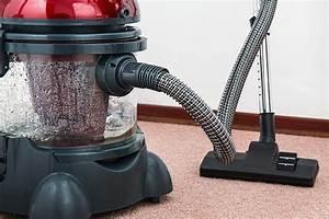 10 Best Vacuum Cleaners In India 2020