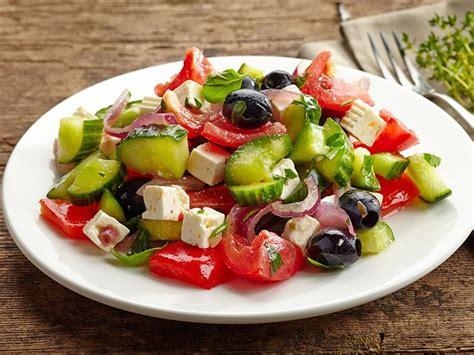 recette cuisine grecque salade grecque une recette soscuisine