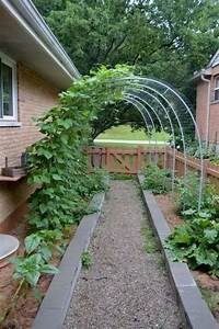 18 fabulous backyard vegetable garden design ideas for