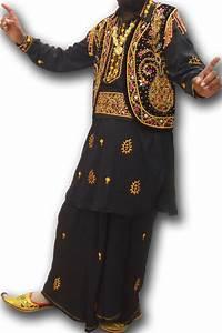 Traditional Bhangra Dress For Men | Entertainment News ...