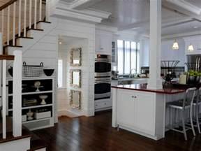cottage kitchen ideas 12 cozy cottage kitchens hgtv