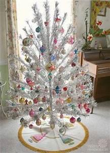 Mid Century Christmas Ideas on Pinterest