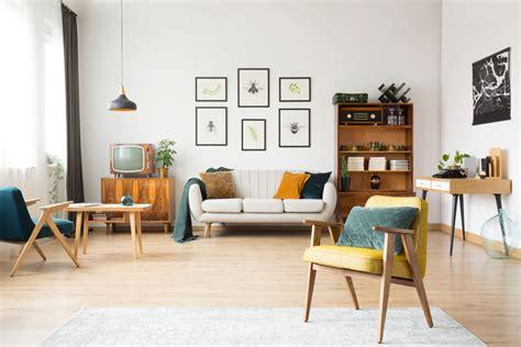 retro woonkamer living interior interieur met een comeback trends stockafbeelding meubilair werkruimte leunstoel uitstekend midden houten echte eeuw grijs moderne