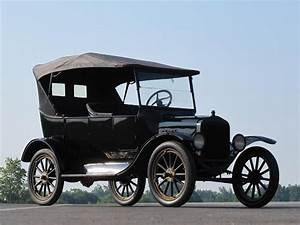 1925 Ford Model T Touring