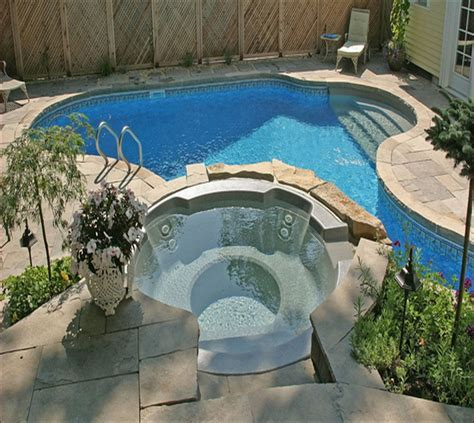 Small Pools For Small Yards   Home Design Ideas