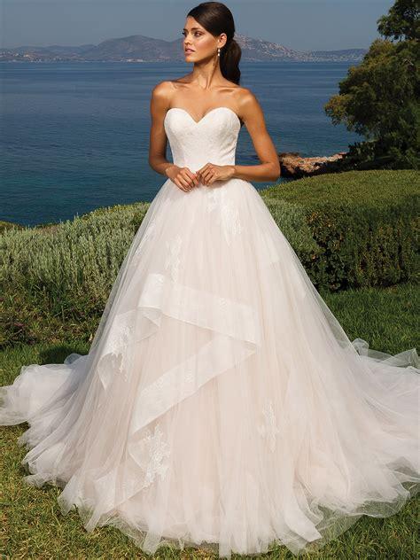 Justin Alexander 8951 Sweetheart Ball Gown Wedding Dress