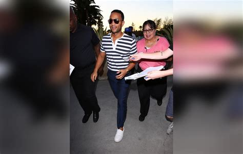 Tiger Woods Wears Matching Outfits With Girlfriend Erica ...