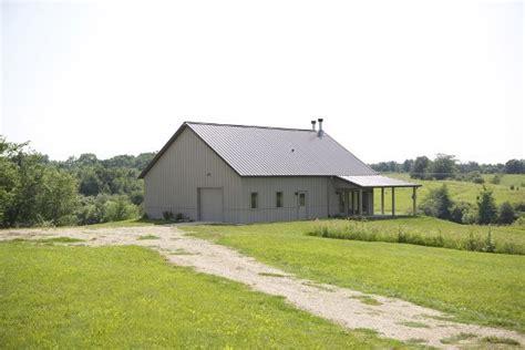 Seemingly Ordinary Texas Barn Hides  Stunning Interior