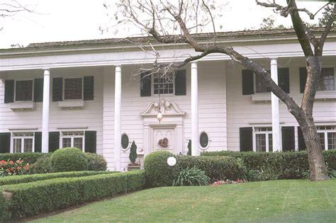 donnie darko house photo - Donnie Swaggart House