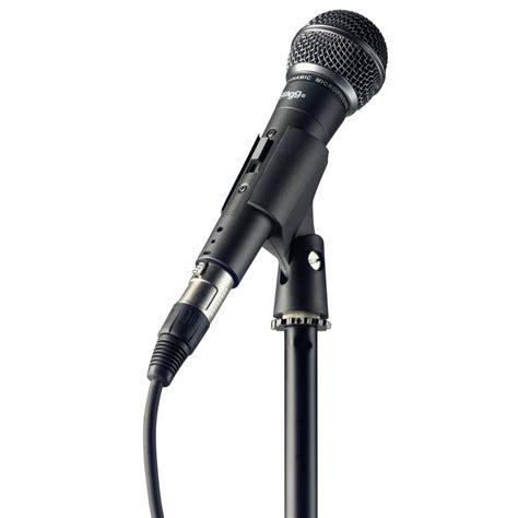 micro pour chanter un set avec micro cable pince et pied stagg sdm50set