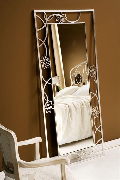 specchi arredo da letto specchi per arredamento moderno finest specchi da