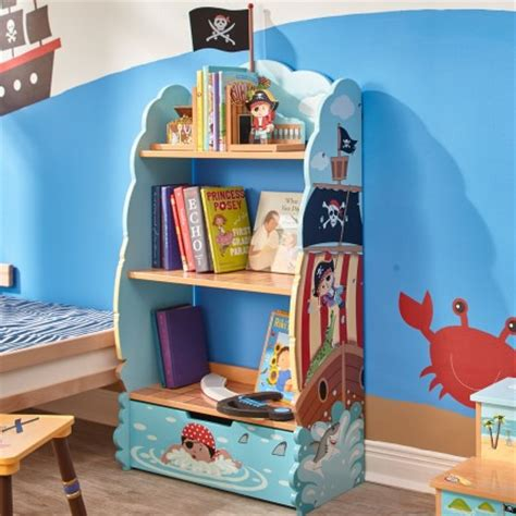 chambre de pirate décoration chambre d 39 enfant le rangement de pirate décorer