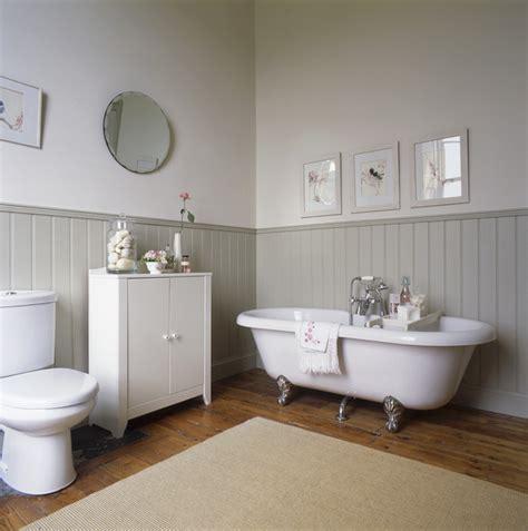 country bathroom cast iron tub beadboard or