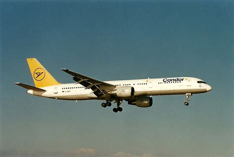 The traveler's drawer: CONDOR Boeing 757 aircraft